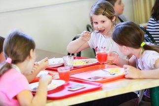 Recepty ze školní jídelny, které si pamatuje každý: V tomto podání byste je milovali!