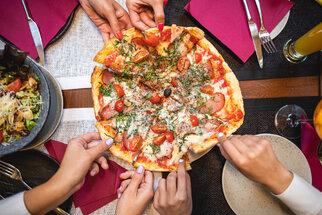 Pizza calzone, květáková i boloňská: Nejlepší recepty na pizzu 5x jinak
