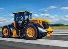 Nejrychlejší traktor světa? JCB Fastrac 8000 pokořil rychlost 165 km/h