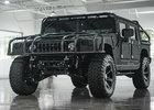 Hummer H1 může být docela hezký a luxusní teréňák. Když do něj vrazíte spoustu peněz