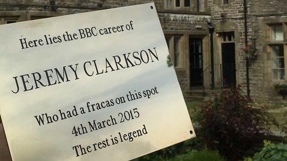 Tady před 5 lety skončil Clarkson v Top Gearu. Hotel chystá vzpomínku