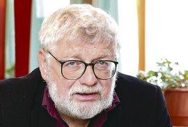 Josefa Klímu navrhli poslanci na státní vyznamenání. Ten je ale od prezidenta nechce