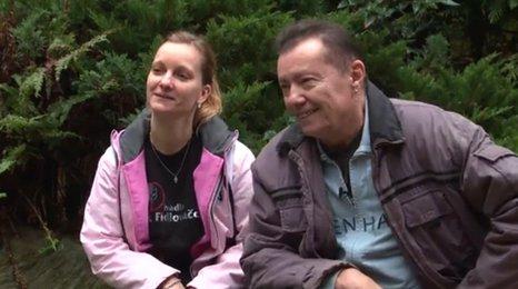 Zpěvák Karel Kahovec (69): 15 let jsem taxikařil! A našel si mladou milenku!