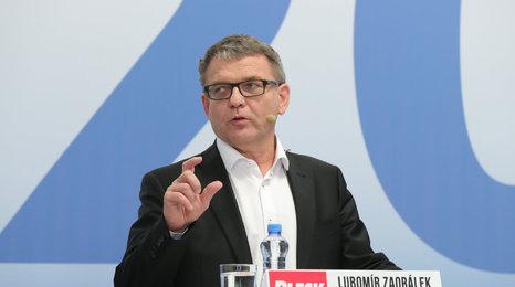 """Babiš dusil Zaorálka v horkém křesle: """"Kudy chodil, tudy krad', sociální demokrat"""""""
