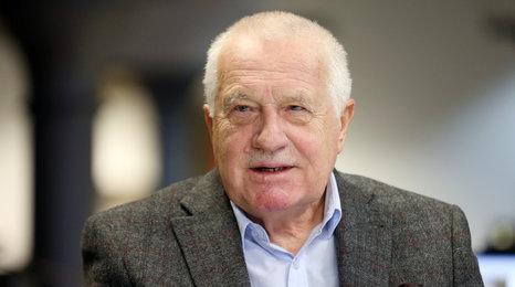 Exprezident Klaus o podpoře Zemana: Drahoš není želé, ale na Hrad nemá