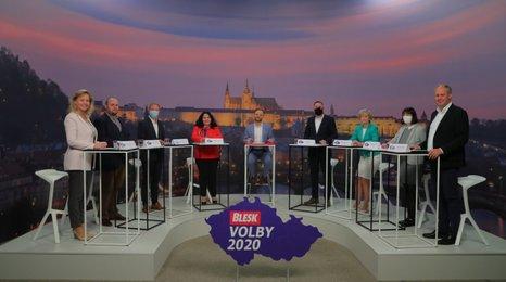 """Radost i pohrdání důchodců nad vládními """"dárky"""": Politici v debatě Blesku řešili covid a seniory"""