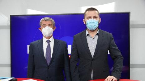 """Babiš v Blesku krotil naděje na rozvolnění: Česko v trojce """"psa"""" až dva týdny před Vánoci?"""