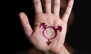 Intersexuálové se vymykají dělení na muže a ženy. Odborník: Jejich život v Česku není snadný