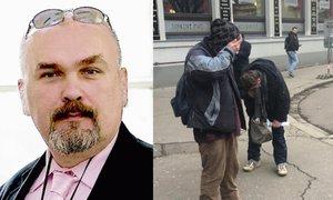 Novinář Kotrba nastříkal zblízka pepřový sprej bezdomovcům do očí