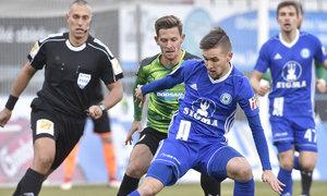 ZLATÁ PÍŠŤALKA: Královec odpískal penaltu správně, Franěk neměl vyloučit Lutse