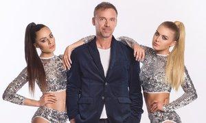 Zdeněk Style Hrubý hlásí comeback! Diskotéková hvězda se obklopila sexy tanečnicemi!