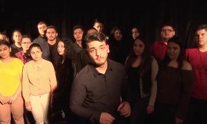 Mladým Romům mají pomáhat stipendia: Leon chce vést českou policii