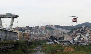 Zřícený most v Itálii: Desítky obětí a spekulace o příčině