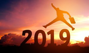 Horoskop 2019: Co nás čeká v práci a jak na tom budeme s penězi?