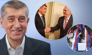"""""""Zeman provokuje,"""" rýpl si Babiš do prezidenta kvůli střetu s demonstranty"""