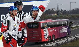 Hokejová reprezentace má nový autobus za 8 milionů. Podívejte se dovnitř!
