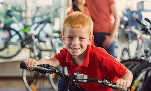 Jak vybrat dobré dětské kolo: Kolik by mělo vážit?