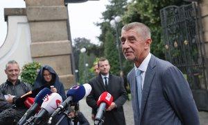 Babiš u Zemana řešil rychlou výměnu adepta na ministra kultury
