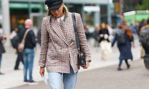 Jak nosit dámské sako: Vypadá skvěle s džínami i sukní!