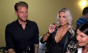 Ken a Barbie po česku. Manželka fotbalisty Kováče předvedla nedupaný dekolt!