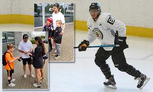 Podívejte se, jak během pauzy v NHL trénuje David Pastrňák
