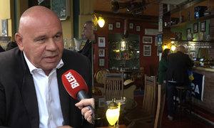 Restauratér nad vládními opatřeními kroutí hlavou: České gastro to zničilo na rok dopředu