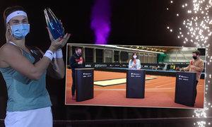 Sanitka před finále, měla ho Azarenková skrečovat? Experti Sportu hodnotí turnaj