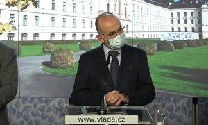 Ministr zdravotnictví Jan Blatný přiznal, že podepsal petici proti Babišovi