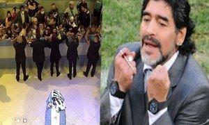 Hysterie před Maradonovou (†60) rakví! Zesnulému fotbalistovi se klaní celá Argentina