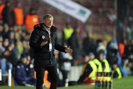 Trenér Sparty Zdeněk Ščasný prožívá každé utkání, duel s Krasnodarem nebyl výjimkou. Letenští vyhráli 1:0.