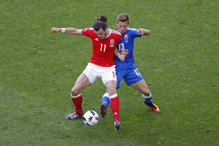 Patrik Hrošovský v souboji na EURO s hvězdou Realu Madird a Walesu Garethem Balem