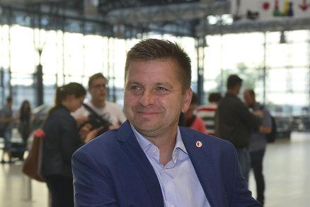 Dušan Uhrin je před odletem do Tallinu v dobré náladě