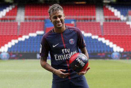 Neymar se předvedl v Parku princů jako hráč PSG