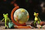 Rekordy na dlani: Objevte jedinečné příběhy prvních cest okolo světa