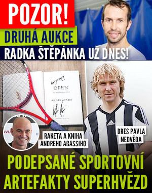 Druhá aukce pokladů Radka Štěpánka už dnes: Vydražte dres Nedvěda a raketu Agassiho!