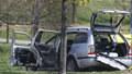 Bombu dal ženě do auta její manžel